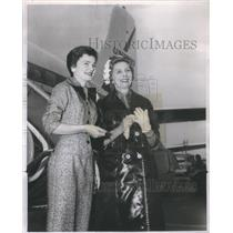 1958 Press Photo Princess Marcella Borghese Plane - RSC80297