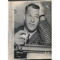 1963 Press Photo Gordie Howe of Red Wings - RSH36101
