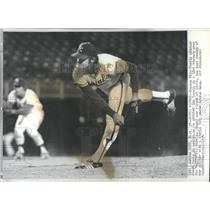1974 Press Photo Steve Busby Kansas City Royals - RSH32459