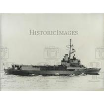 "1964 Press Photo The ""Resolue"", the first helicopter-carrier in the French Navy"