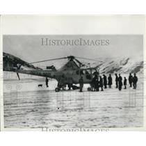 1955 Press Photo Helicopters Take Supplies To Scottish Cut Off By Snow