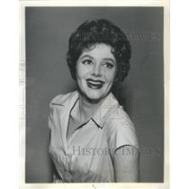 "1960 Press Photo Cara Williams on the CBS TV program ""Pete & Gladys"" - RSH62895"