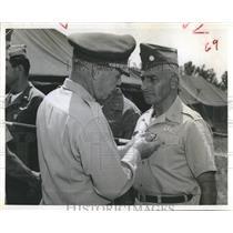1962 Press Photo Gen. Paul D. Adams Lt. Col. Mitchel J. Hazam medal - RSH99171