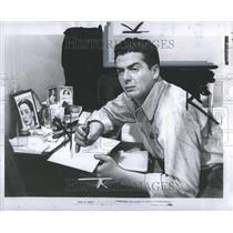 1947 Press Photo Victor John Mature Actor Television - RRR94103