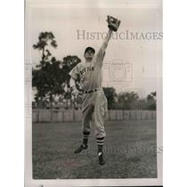 1940 Press Photo Marvin Owen Third Baseman Boston Red Sox Spring Training Camp