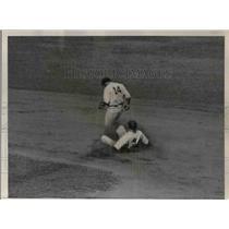 1935 Press Photo Selkirk of Yankees Baseball Players - nea06721