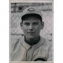 1937 Press Photo Alex Kampouris Second Baseman Cincinnati Reds Spring Training