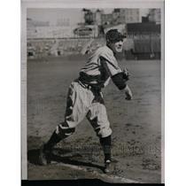 1937 Press Photo Robert Red Rolfe, 3rd Baseman