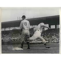 1934 Press Photo Detroit tigers slow up in Pennant race, loses to Boston Red Sox