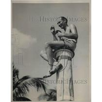 1933 Press Photo American Broadcaster Edward Britt (Ted) Husing In Miami Beach