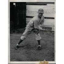 1935 Press Photo LeRoy Mahaffey, Pitcher