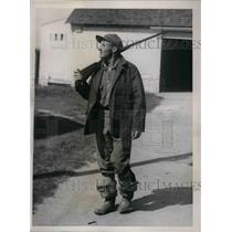 1934 Press Photo Goose Gosl at the start of a duck hunt