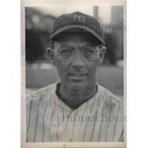 1934 Press Photo Danny MacFayden, Pitcher - nea02284