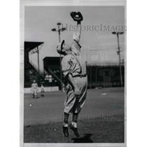1941 Press Photo San ANtonio Texas John Lucadello St. Louis Browns - nea12204