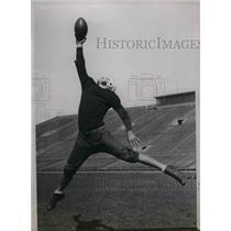 1935 Press Photo U of Chicago football end, William Gillerlain - nea12595