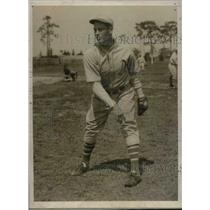 1930 Press Photo Philadelphia Athletics Pitcher Leroy Mahaffey at Training Camp
