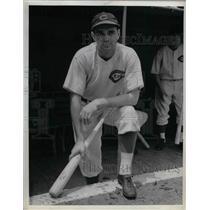 1938 Press Photo Lew Riggs Third Baseman Cincinnati Reds MLB Baseball Team