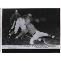1954 Press Photo Jim Doran Detroit Lions & Ken Gorgal of the Browns