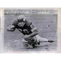 1962 Press Photo Vikings' Tommy Mason tackled by Jerry Mertens, 49ers