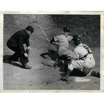 1943 Press Photo Ernest Stewart Gerald Priddy Hugh Poland Washington Senators NY