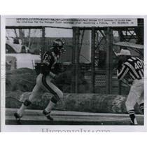 1970 Press Photo Paul Krouse #22 Vikings Running for Touchdown