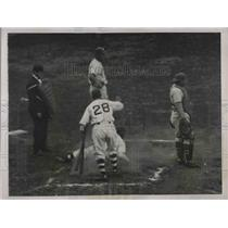 1937 Press Photo English Dodger's Shortstop at Giants Ebbet's Field