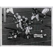 1958 Press Photo Bears Merrill Douglas scores TD vs Green Bay Packers