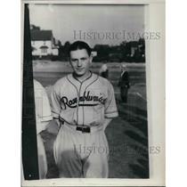 1937 Press Photo Jim Wasdell, Rosenblum's, Washington Senators - nea40171
