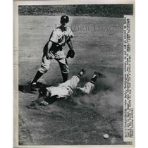 1923 Press Photo Jake Early Washington Catcher Eddie Yost Hank Bauer Yankees