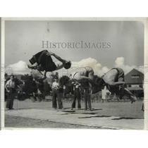 1931 Press Photo tumblers James Roberts, Henry Thompson, George Kotanian in LA