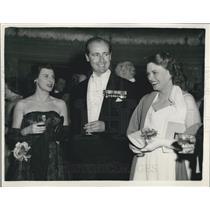 1953 Press Photo Mrs. Neville Duke & Neville Duke, Well Known Test Pilot At Ball