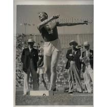 1932 Press Photo Finland's Paavo Yrjolain decathlon in Olympics