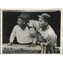 1933 Press Photo Tennis Star Frankie Parker (L) & Al Simmons White Sox