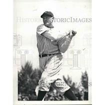 1937 Press Photo Jake Powell Outfielder New York Yankees Spring Training Camp