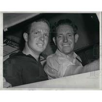 1939 Press Photo Jerry Keeley & Troy Colbrok Hope To Stay Aloft In Cabin Plane