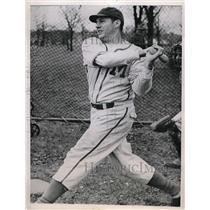 1944 Press Photo Bill Nagel Third Baseman Milwaukee Brewers Traded White Sox MLB