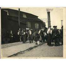 1922 Press Photo People waiting outside of railroad station