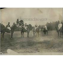 1918 Press Photo Polo match action on a pitch - nea50178