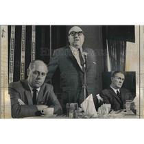 1967 Press Photo Celtics owner Marvin Kratzer, Red Auerbach & Jack Waldron