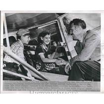 1952 Press Photo Miami, Fla. Betty Lee, Al jr & dad Al Bennett for a flight