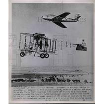 1952 Press Photo LA, Calif, USAF F-86 Sabre jet & a bi plane from 1912