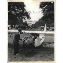 1934 Press Photo airmail pilot Jack O'Mera lands at capital