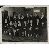 1931 Press Photo Mother of Football Players Honored at University