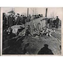 1936 Press Photo Wreckage of Two Planes Colliding, Pilots Mendelo and Turnbull