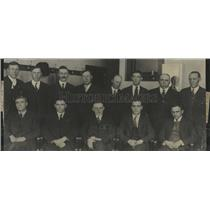 1923 Press Photo 13 Men in Suits - RRT45633