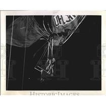 1939 Press Photo Agner Neilson and Lawrence Tetrault stranded in hot air balloon