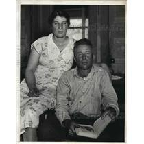 1933 Press Photo Henry C. Korntved and his wife