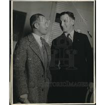 1929 Press Photo Oakland-Honolulu Flyer Ernie Smith with Ray Little, who flew