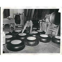 1941 Press Photo plane tires made at North American Aviation Co. during WWII
