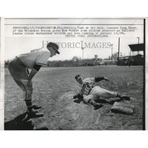 1959 Press Photo Milwaukee Braves Manager Fred Haney & Joe Morgan